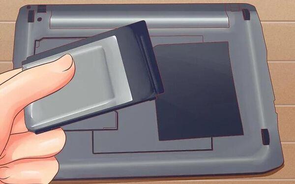 Rimuovere il disco rigido del laptop