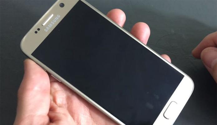 Samsung Galaxy S4 nie chce się włączyć