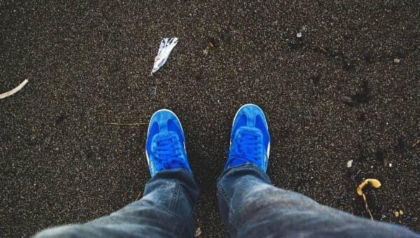Fai scatti a piedi