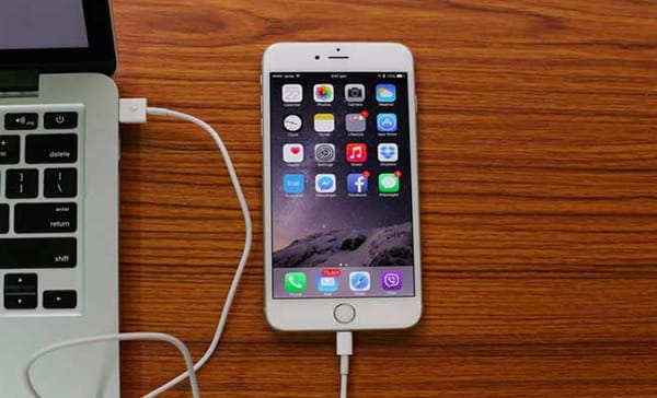 Σύνδεση iPhone με υπολογιστή